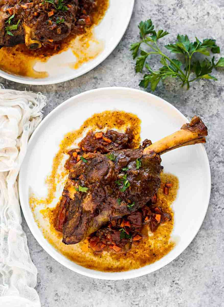 Slow Cooked Lamb Shanks Recipe #CrockpotRecipes