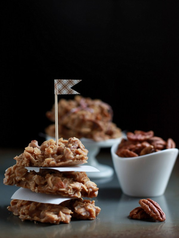 Make: Maple Pecan No-bakes (V)