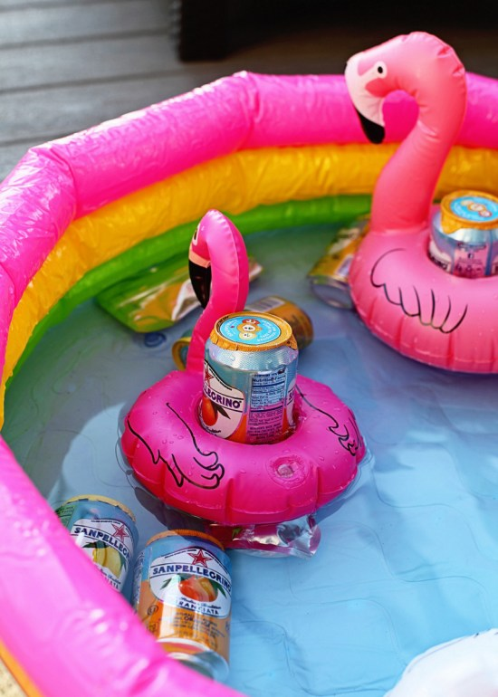 Flamingo party beverage floats