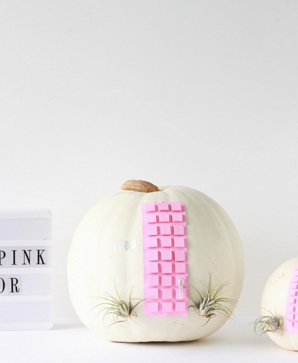That Pink Door Pumpkin DIY