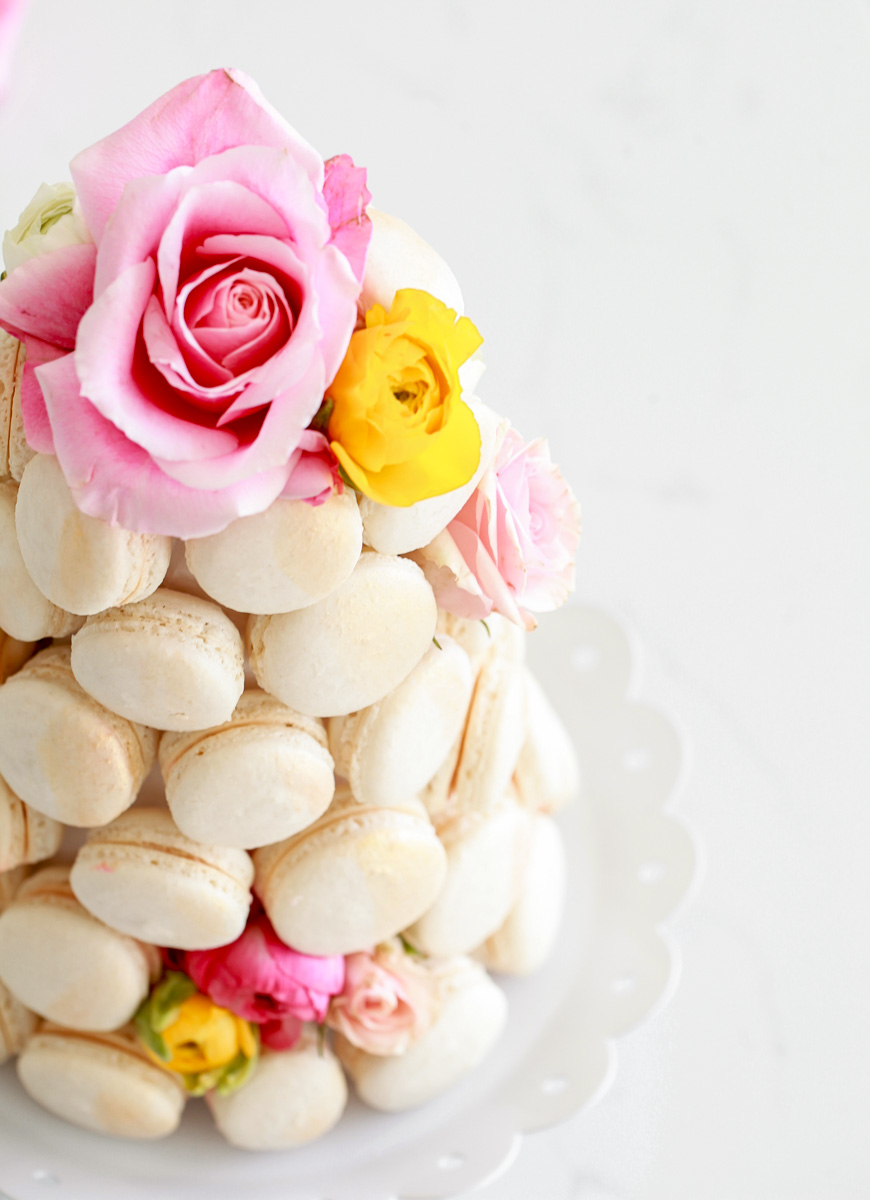 macarons_french_macaron_diy_tower_baking_weddings_party_decor_recipe
