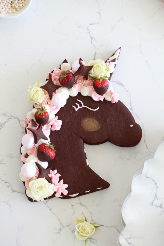 Unicorn Cookie Cake-Unicorns-Dessert-DIY-Tutorials