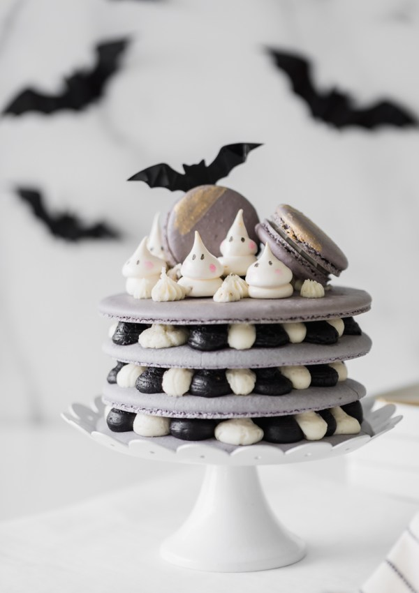 Halloween Macaron Cake