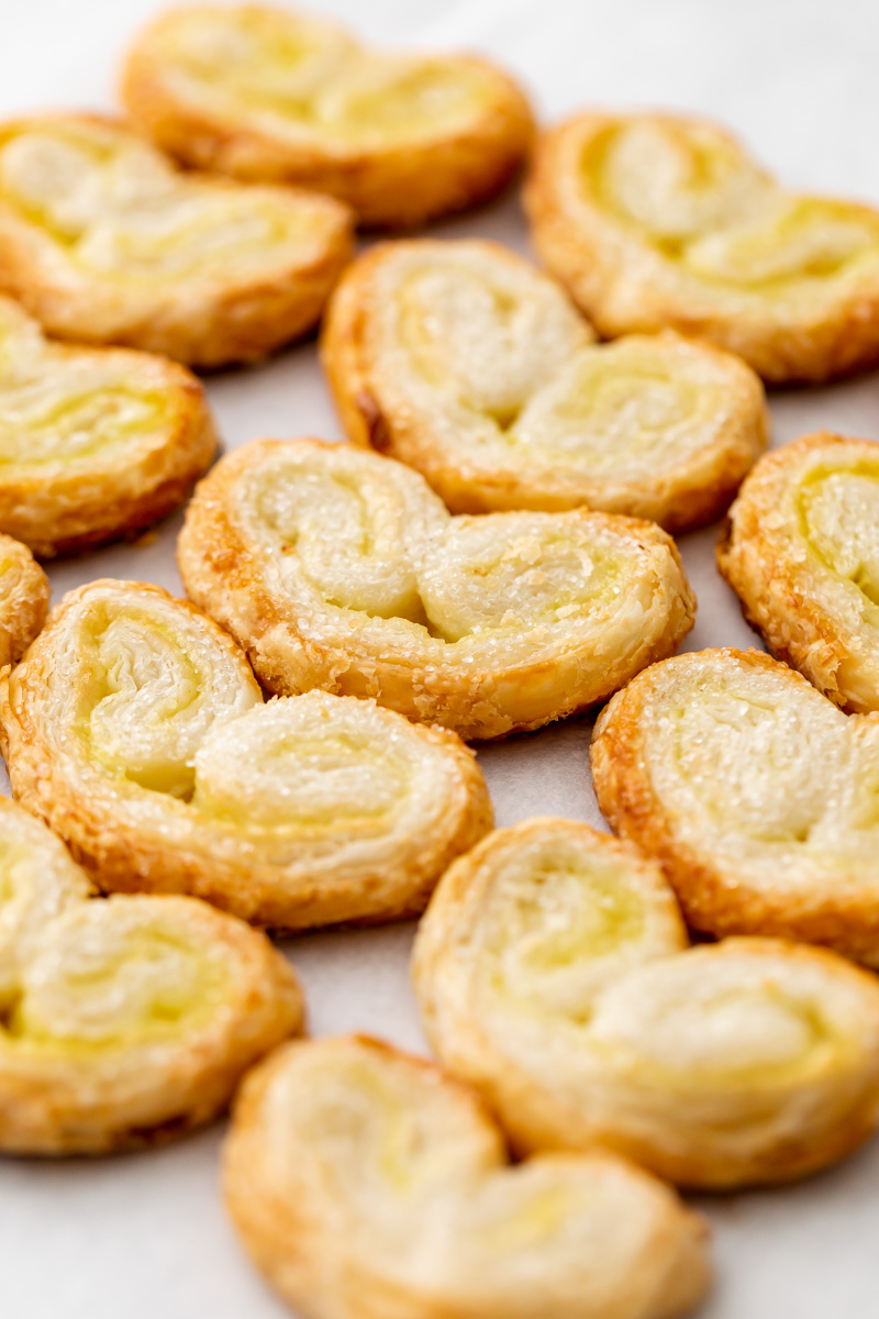 How to make palmiers. Puff pastry and passion fruit filling. Vegan