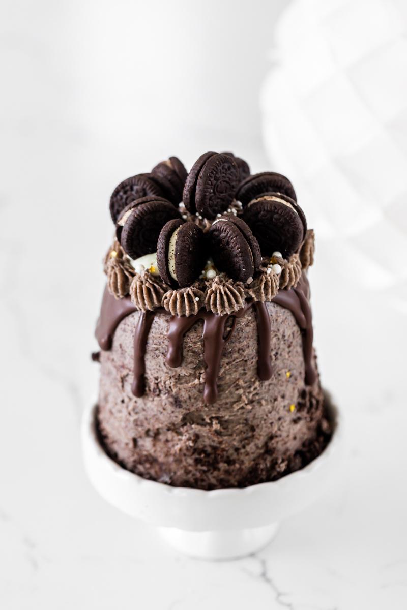 mini vegan Oreo cake
