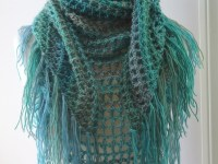 Crochet Triangle Scarf Pattern | Crochet Shawl Pattern