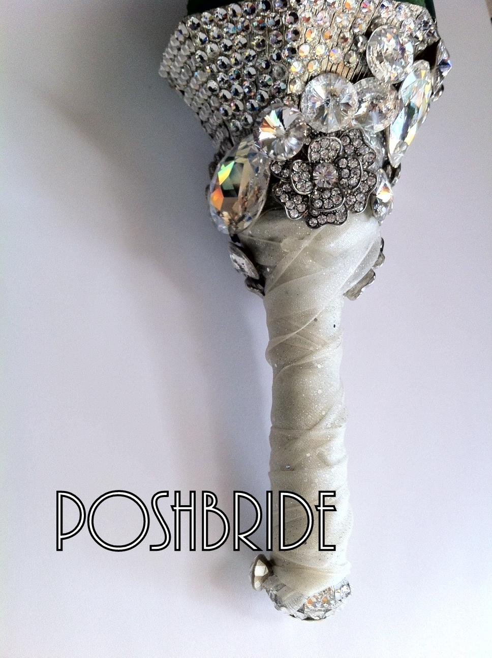 bride bouquet holder