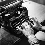 Charles Bukowski: Sus 45 frases y pensamientos más impactantes