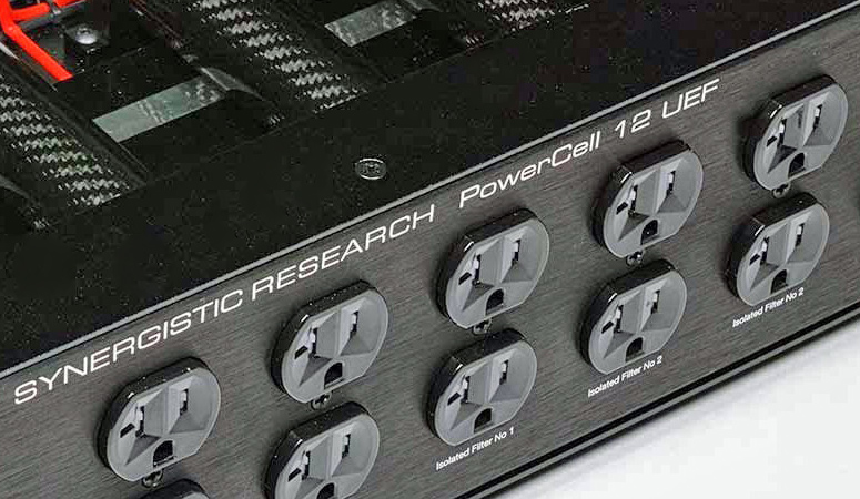 Synergistic Research PowerCell 12 UEF SE Power Conditioner