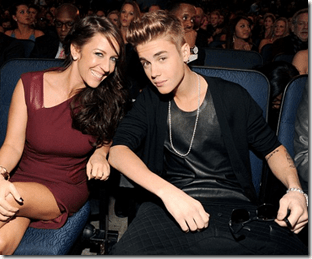 Justin Bieber Has Nothing But Love For His Mama!