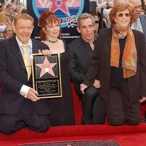 Ben Stiller And Jerry Stiller Have Lost A Family Member!