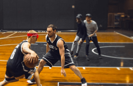 Justin Bieber teases Scooter Braun about losing in B-Ball!