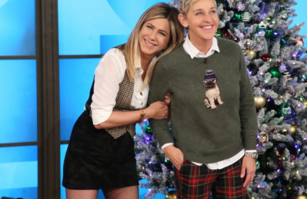 Jennifer Aniston twerks with Ellen in a Sumo suit!