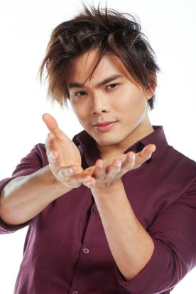 Positive Celebrity Exclusive: AGT's Shin Lim talks magic, charity and more!