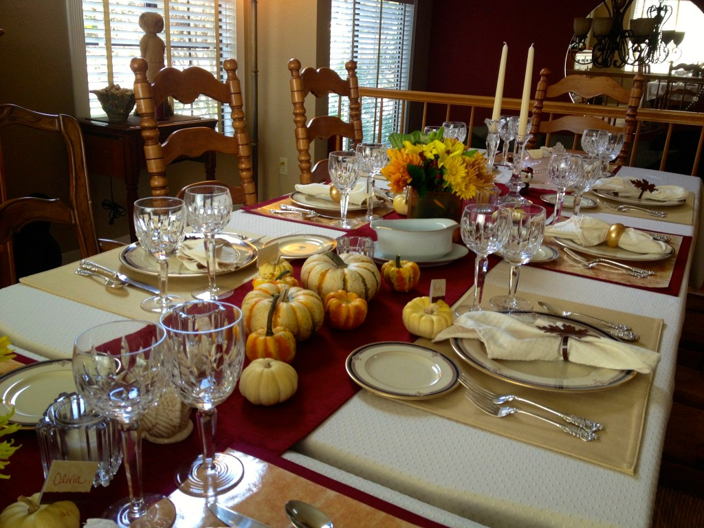 Thanksgiving Table (1)