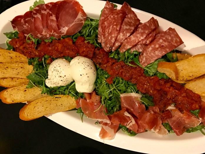 easiest-bruschetta-salad-ever