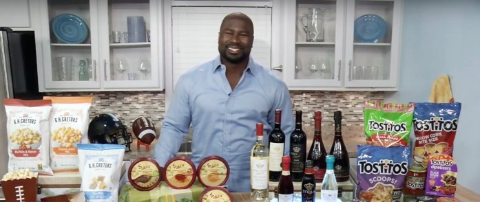 The Super Bowl is coming! And if my 12 Amazing Super Bowl Recipes aren't enough for you, then you need to check out a Even More Super Bowl Eats From Ovie Mughelli.
