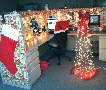 christmas office decorating