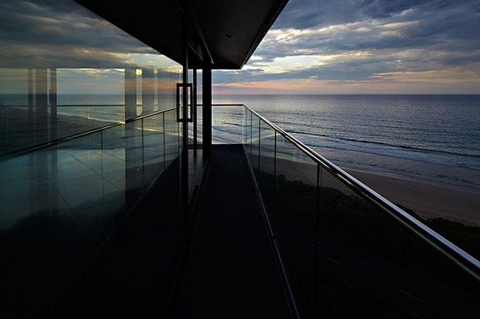 maison-sur-la-mer-11