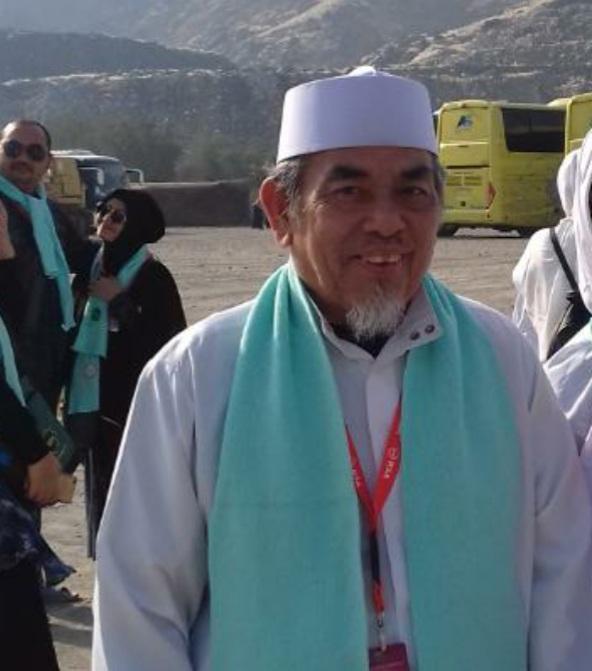 Drs.H. Hamim Azizy MA