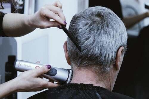 Pomoć starijima – Kako pokrenuti uspješan posao