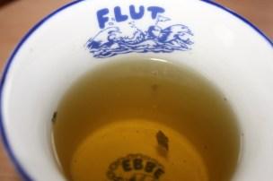 Teetasse - mit Kräutern.