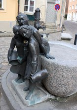 Der Tratschweiber-Brunnen