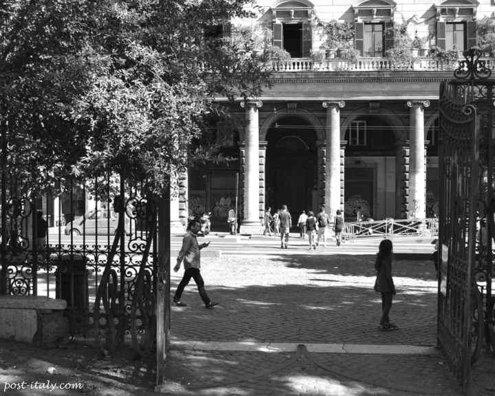 Roma m stica a porta m gica e a busca da pedra filosofal - Porta magica piazza vittorio ...