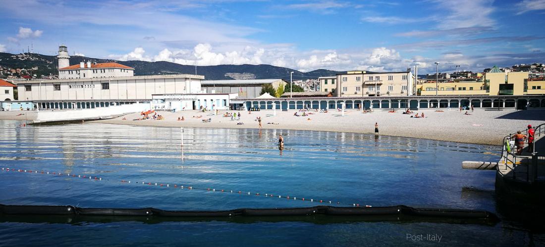 A praia do Pedocin em Trieste e o muro que separa homens e mulheres