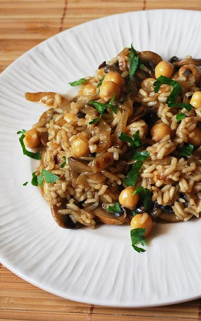 Risotto with Caramelized Onions, Mushrooms, and Chickpeas