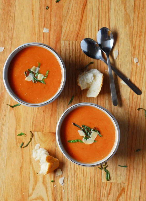 13. Roasted Garlic Tomato Soup