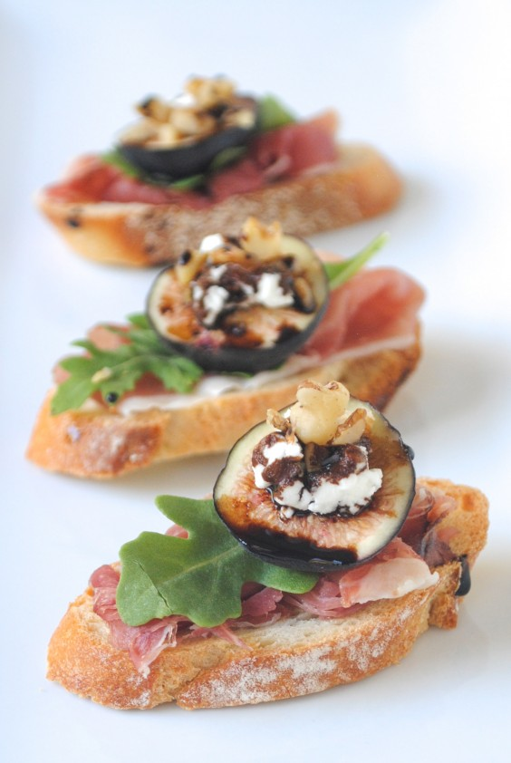 Fig and Prosciutto Crostini
