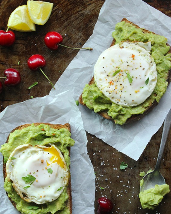 Healthy Breakfasts: 31 Fast Recipes For Busy Mornings