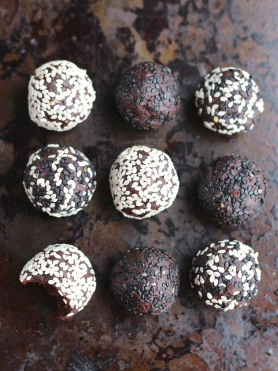 Chocolate Tahini Balls