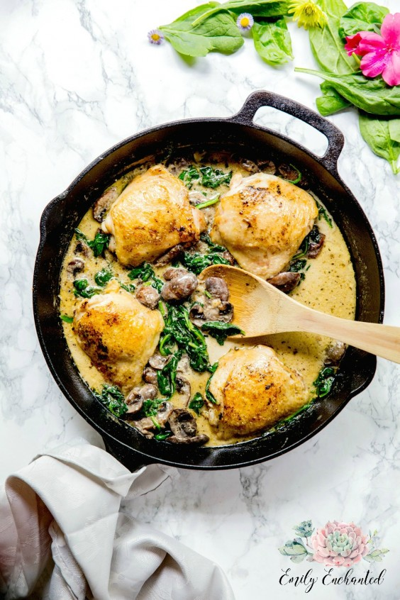 1. Keto Chicken Florentine in a Skillet