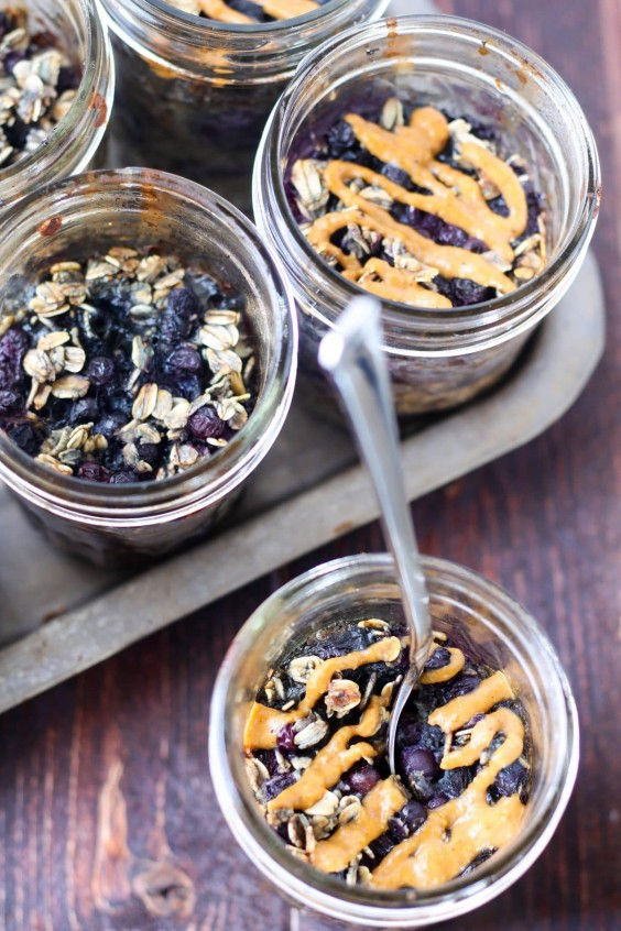 2. Mason Jar Blueberry Baked Oats