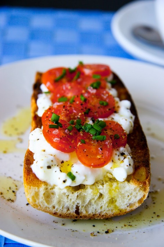 6. Cottage Cheese and Tomato on Baguette Breakfast