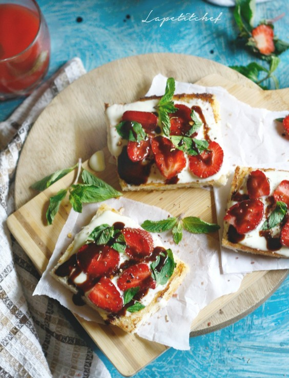 1. Strawberry Cottage Cheese Toastie With Balsamic Glaze