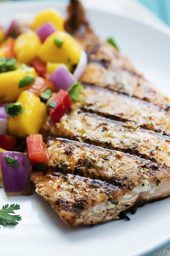 4. Grilled Salmon With Mango Salsa