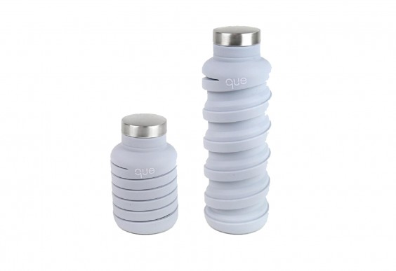 Que collapsible water bottle in pale lilac