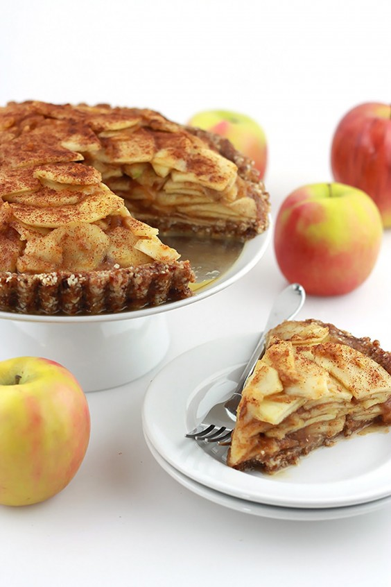 3. Raw Salted Caramel Apple Pie