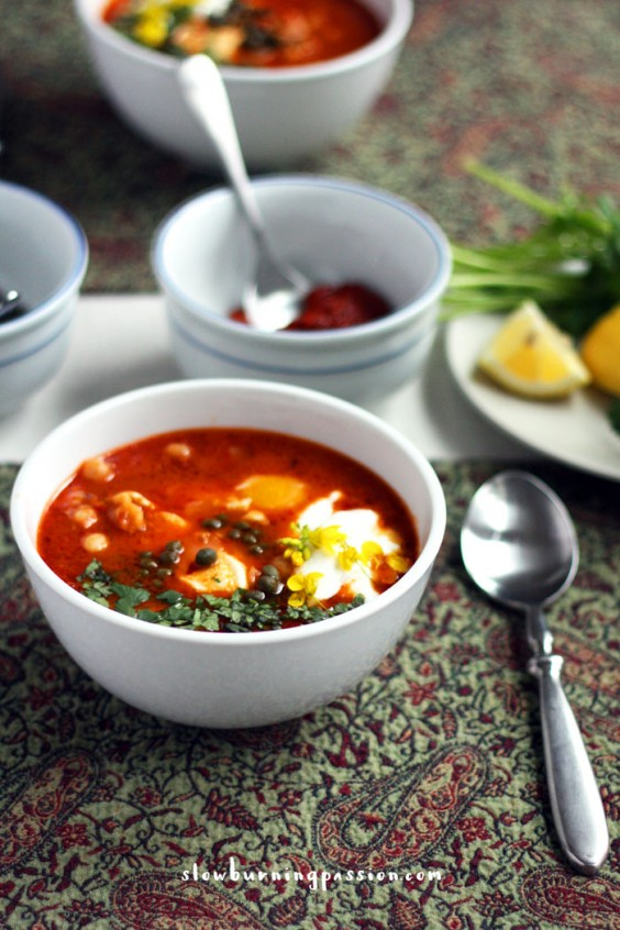 1. Lablabi (Tunisian Chickpea Breakfast Soup)
