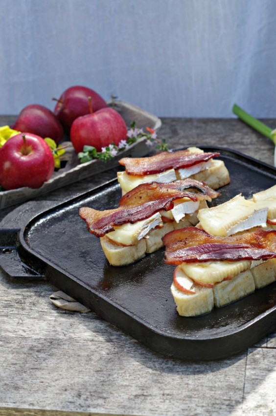 16. Grilled Bacon Apple Brie Sandwich