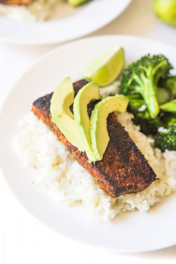 Whole30 Dinner Recipes: Blackened Cajun Mahi Mahi