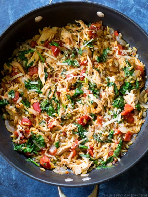 One-Pan Chicken and Spinach Orzo Recipe