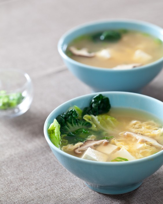 Tofu Recipes: Tofu and Mushroom Miso Soup