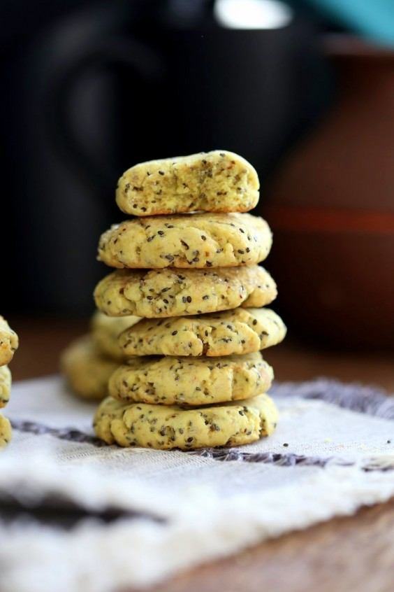 4. Vegan Lemon Cookies With Chia