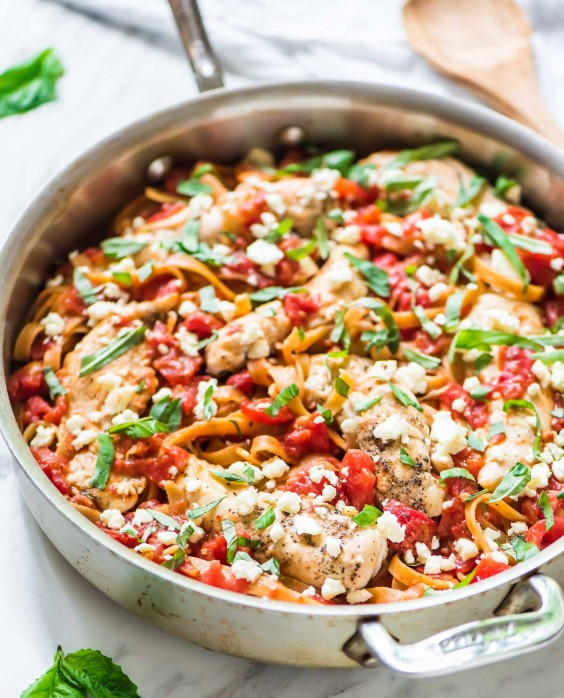 9. 5-Ingredient Chicken Feta Pasta