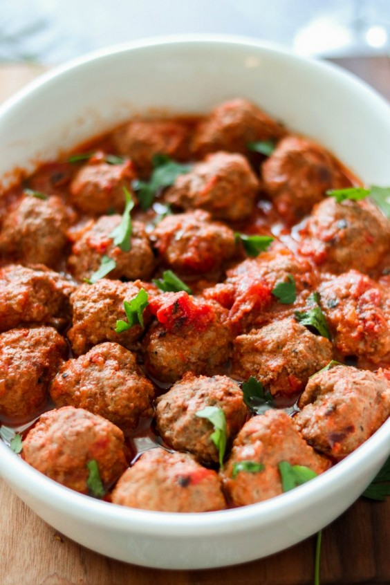 1. Instant Pot Meatballs in Tomato Sauce