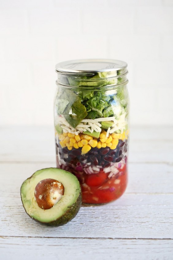 Black Bean Mason Jar Salad
